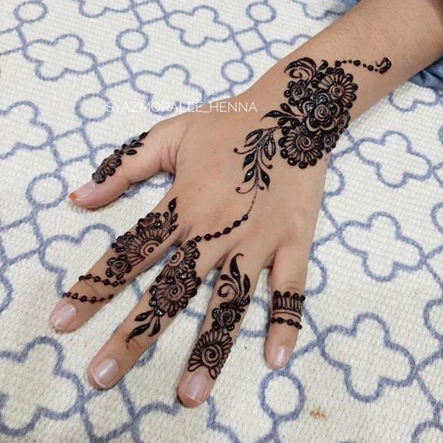 Minimalis Dedaun Lingkaran Bunga Trend Inai Raya 2019