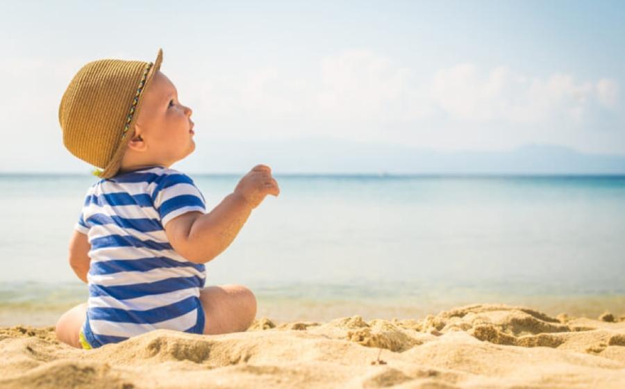 5 Barangan Penting Yang Perlu Dibawa Ketika Bercuti Bersama Anak Kecil, No. 3 Paling Berguna!