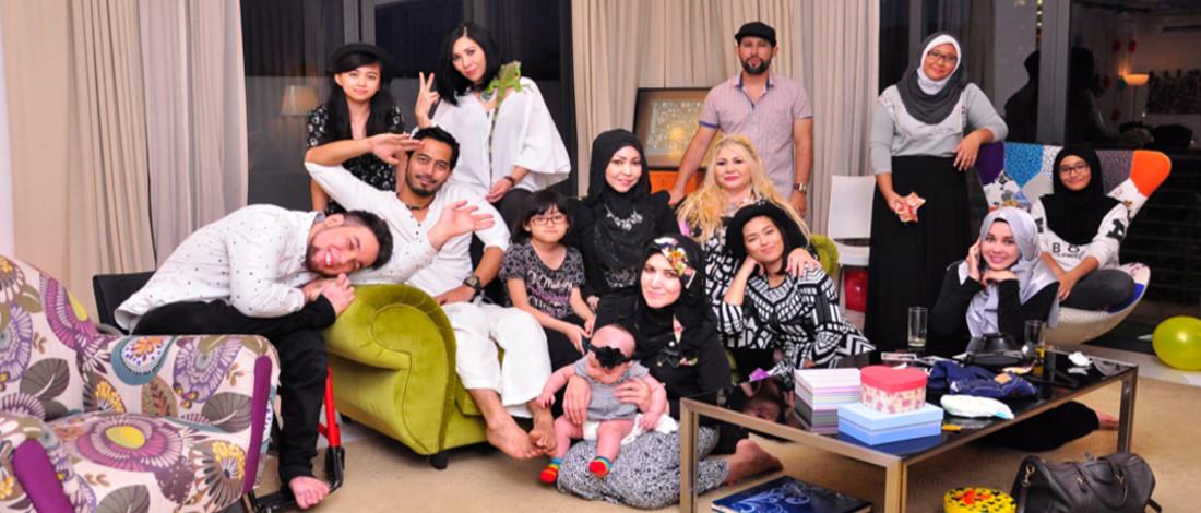 Meriahnya Gathering Keluarga Maembong, Bila Yaya, Chacha, Emma Berpuisi