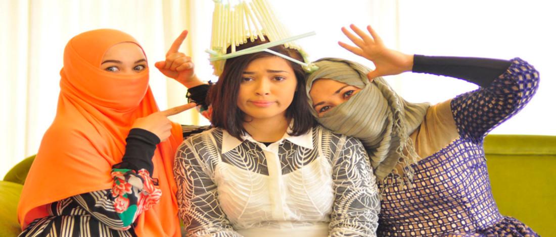 Chacha Feeling Princess, Yaya dan Emma Jadi Dayang