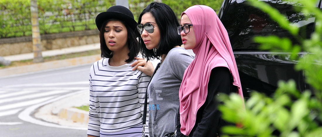 Chacha Maembong Asyik Kena Buli dengan Emma & Yaya?