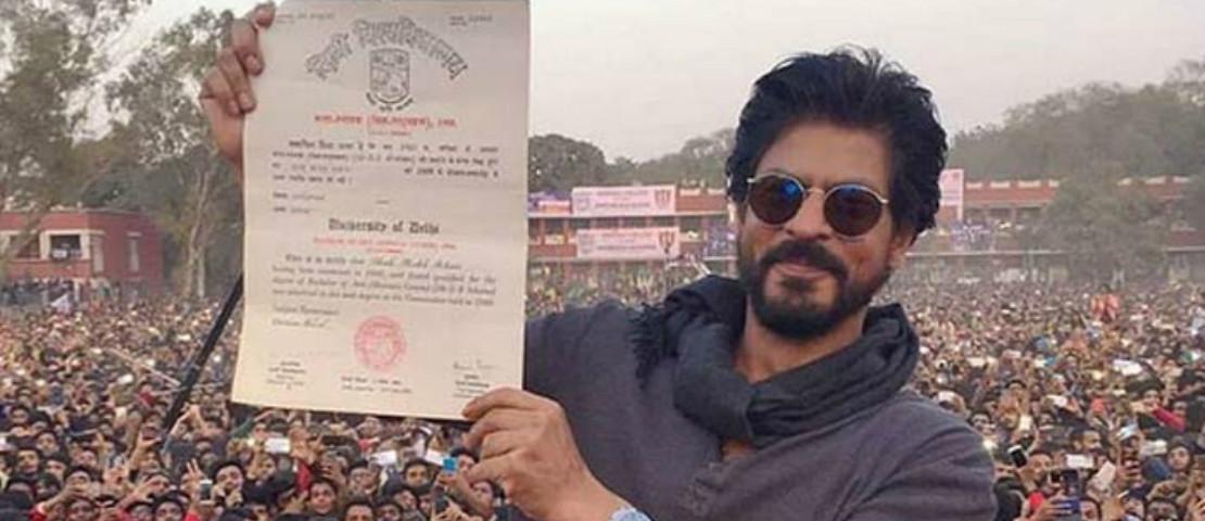 Pelajar Kolej Lakukan Protes, Halau Shah Rukh Khan