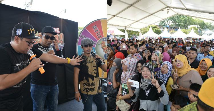 10,000 Warga Kuantan Banjiri Astro Warna Comedy Tour
