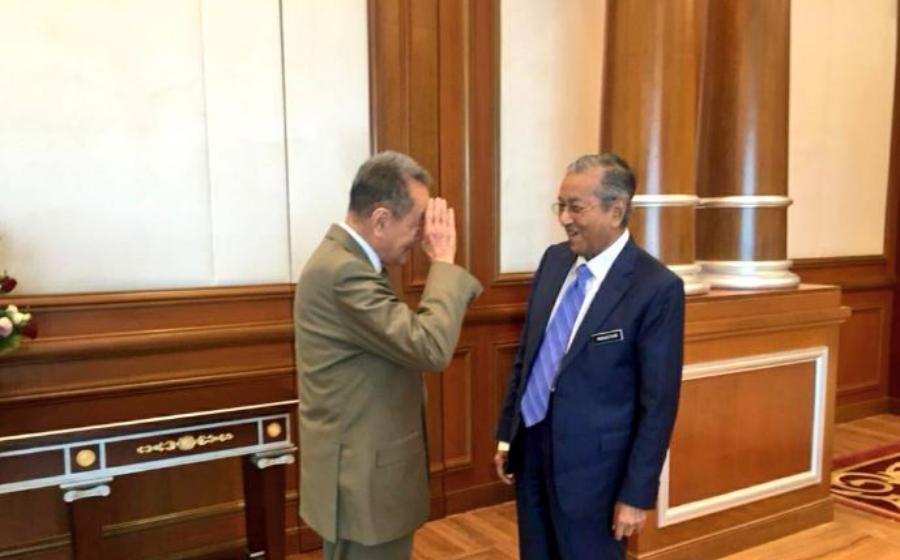 'I Salute You, You Saved The Country', Robert Kuok Tabik Hormat Kepada Tun M