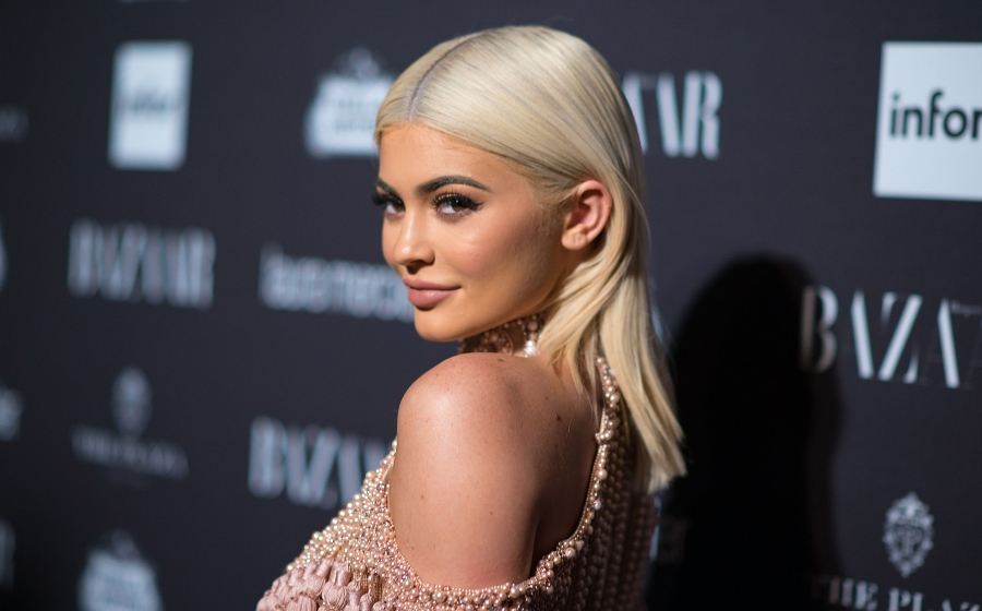 Bahagia Bercinta, Kylie Jenner Buat Bekas Teman Lelaki Cemburu!