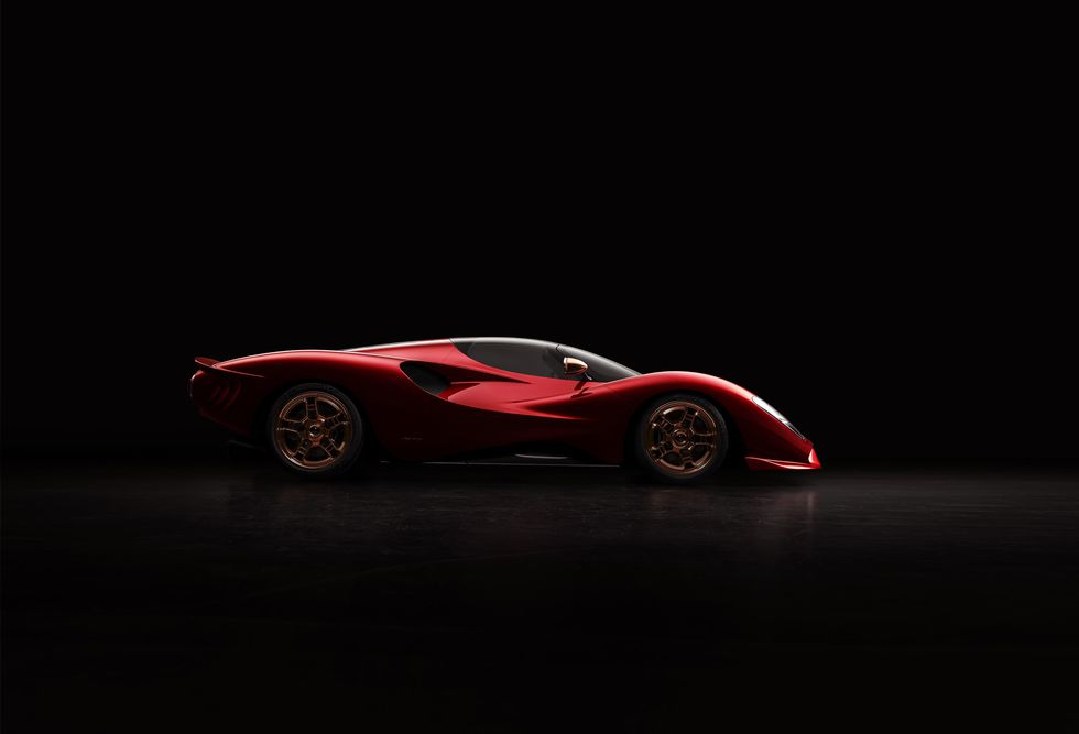 the new de tomaso is so sensual it should come with an explicit warning before you see it