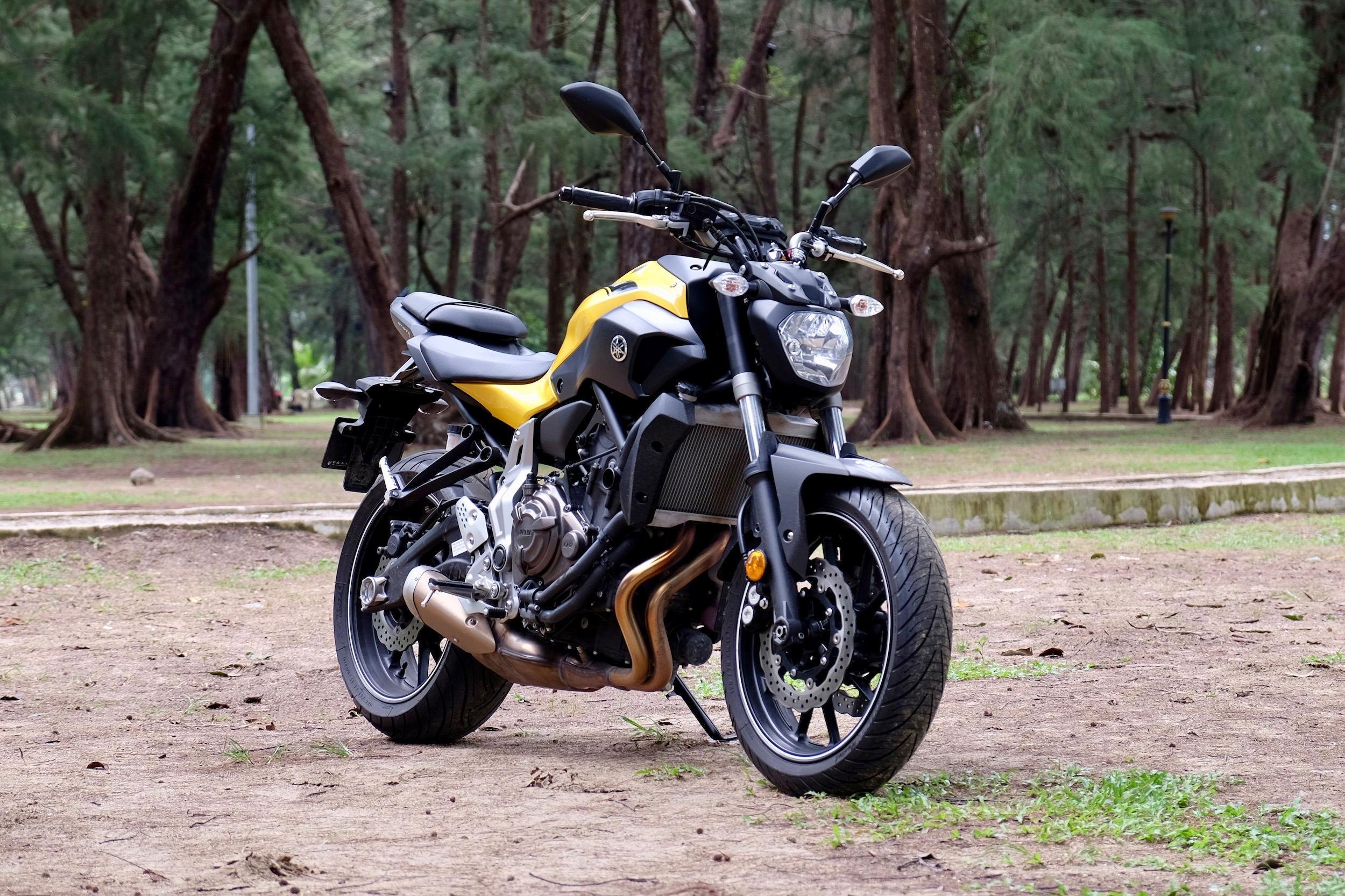 yamaha mt 07 review light in weight and on the pockets too