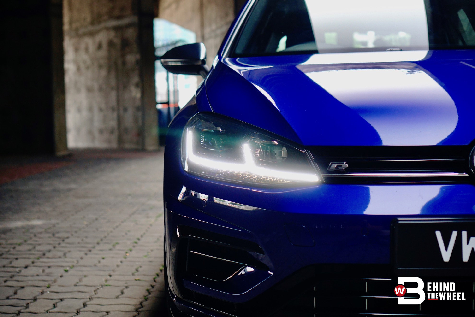 volkswagen golf r review remain in race