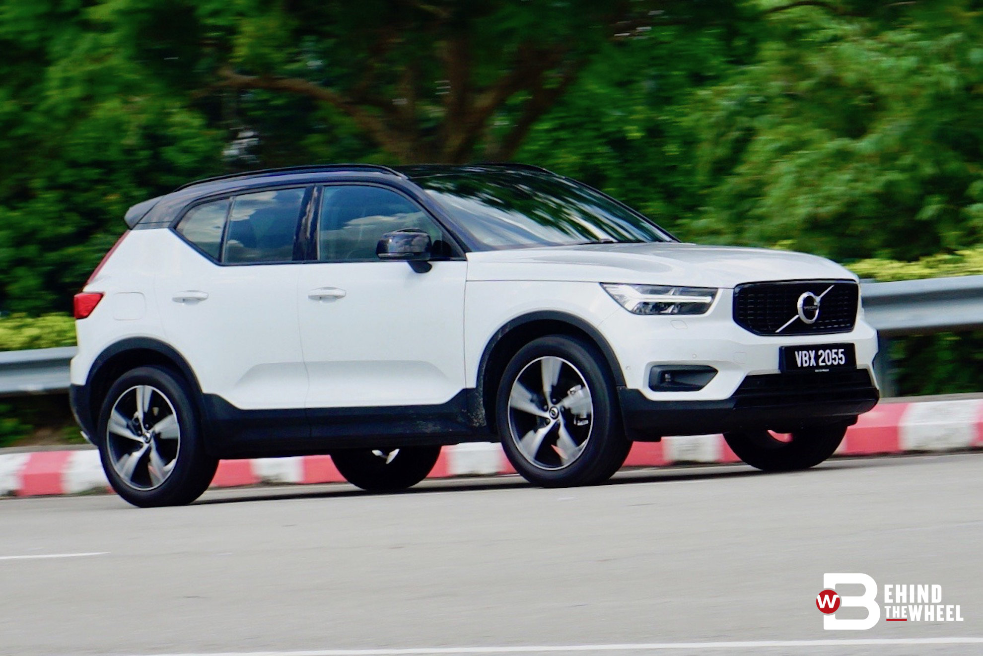 volvo xc40 t5 review sporty meets utility right in the middle the meeting is good