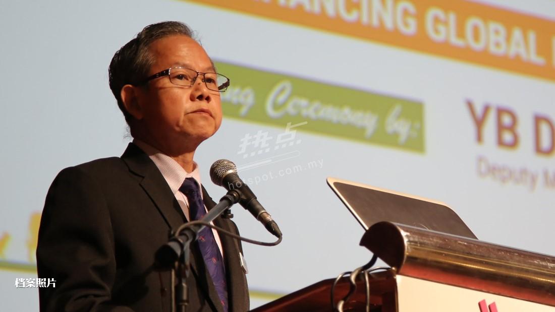 李文材:若新加坡疫情失控,我国将大受牵连。