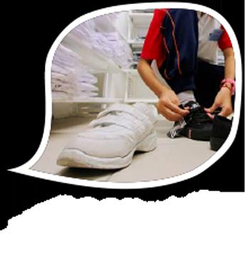 要穿黑鞋or白鞋 教育部长惹争议