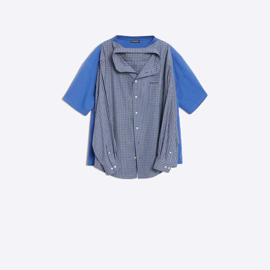 d541fbf7af5 Two shirts for the price of one. Gambar  Balenciaga
