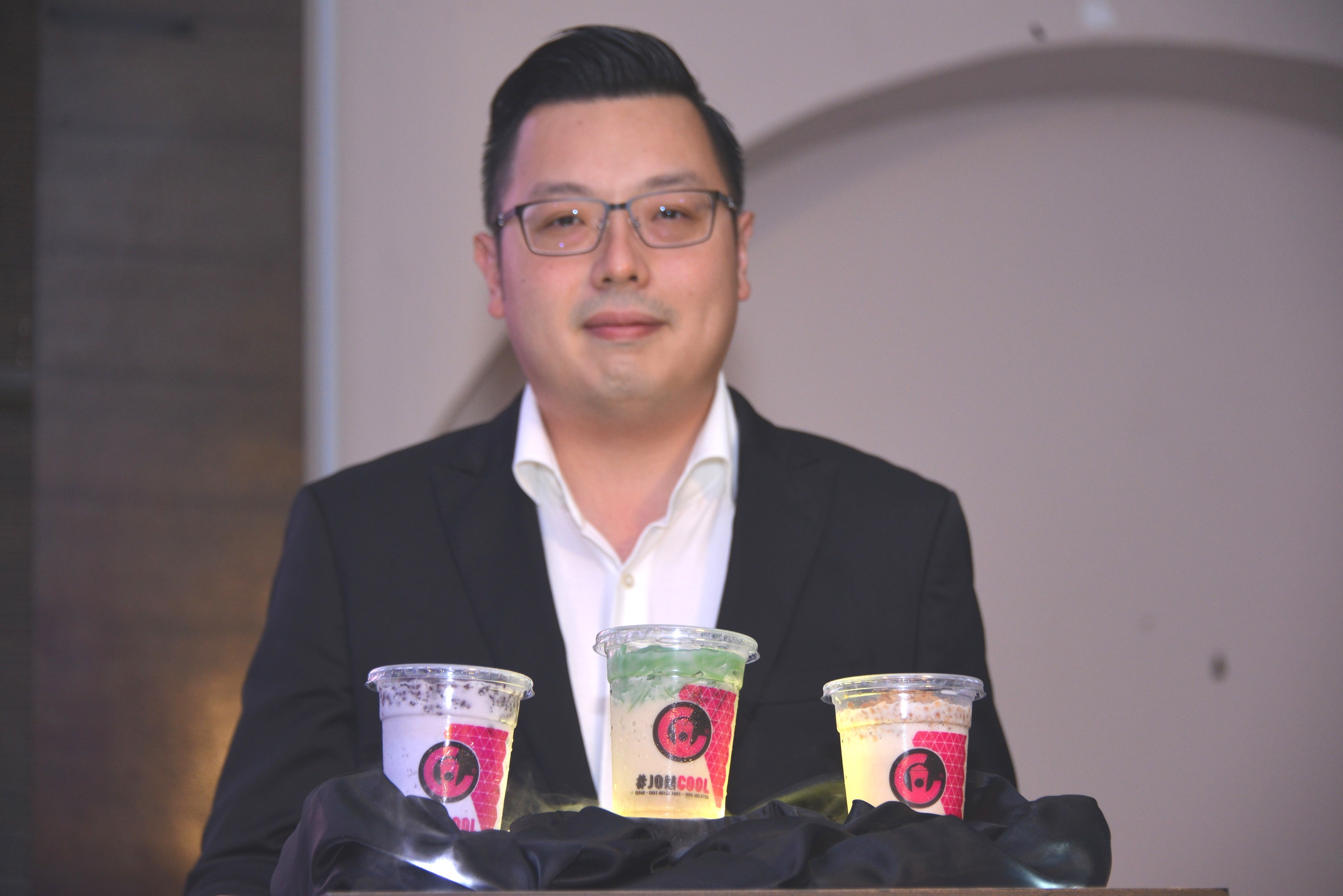 CEO of Cool Blog, Keith Loh, at the launch of the new flavours