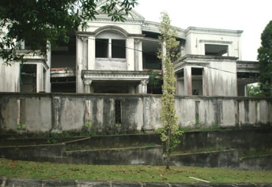 One of Mona's abandoned mansions.