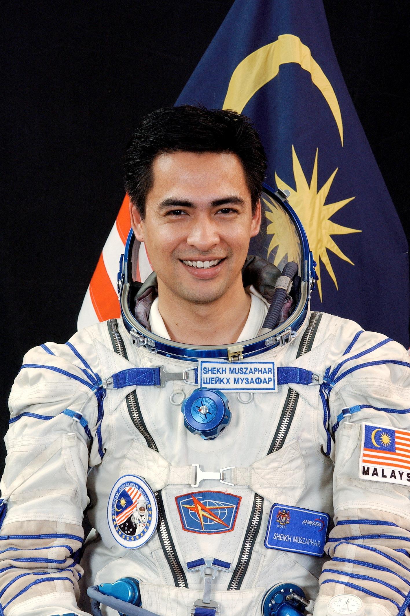 An astronaut generates the buzz.