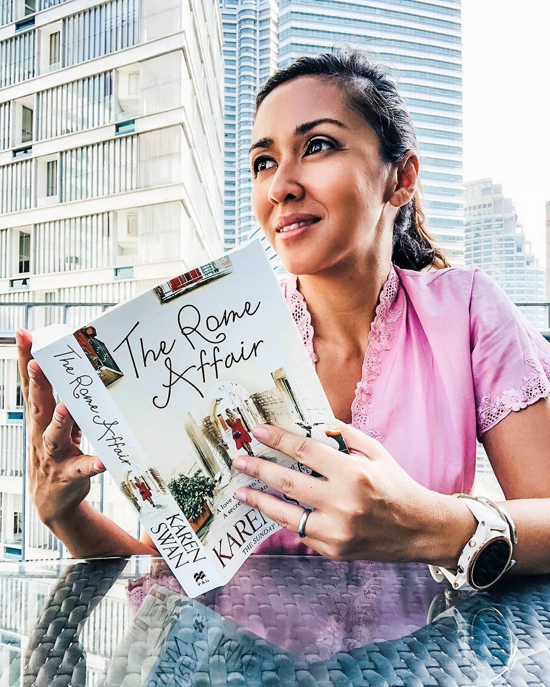 Tengku Zatasha is always sharing the books that she is reading.
