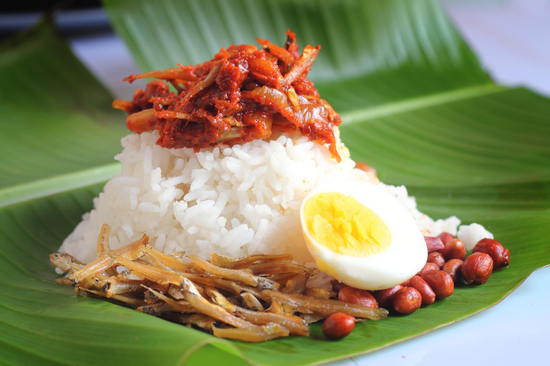 Nobody likes nasi lemak anymore?