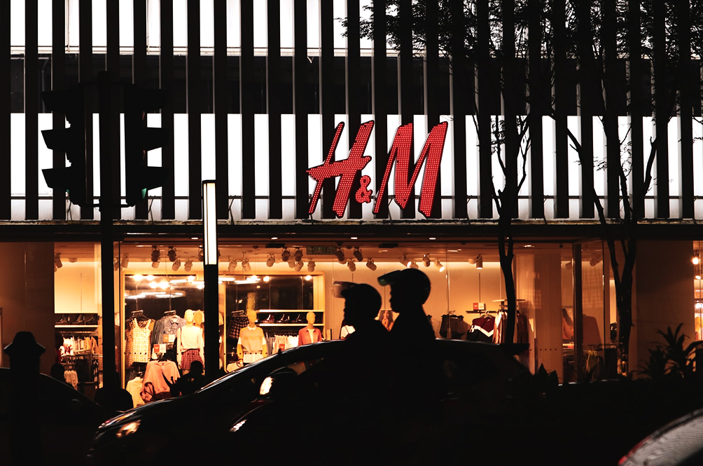 H&M To Shut Down 350 Stores Worldwide Due To COVID-19 Pandemic