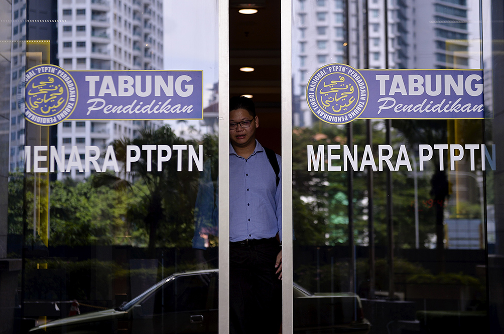 PTPTN Is Now Allowing Borrowers Who Face Loss Of Income To Defer Their Payments; Here's How To Apply