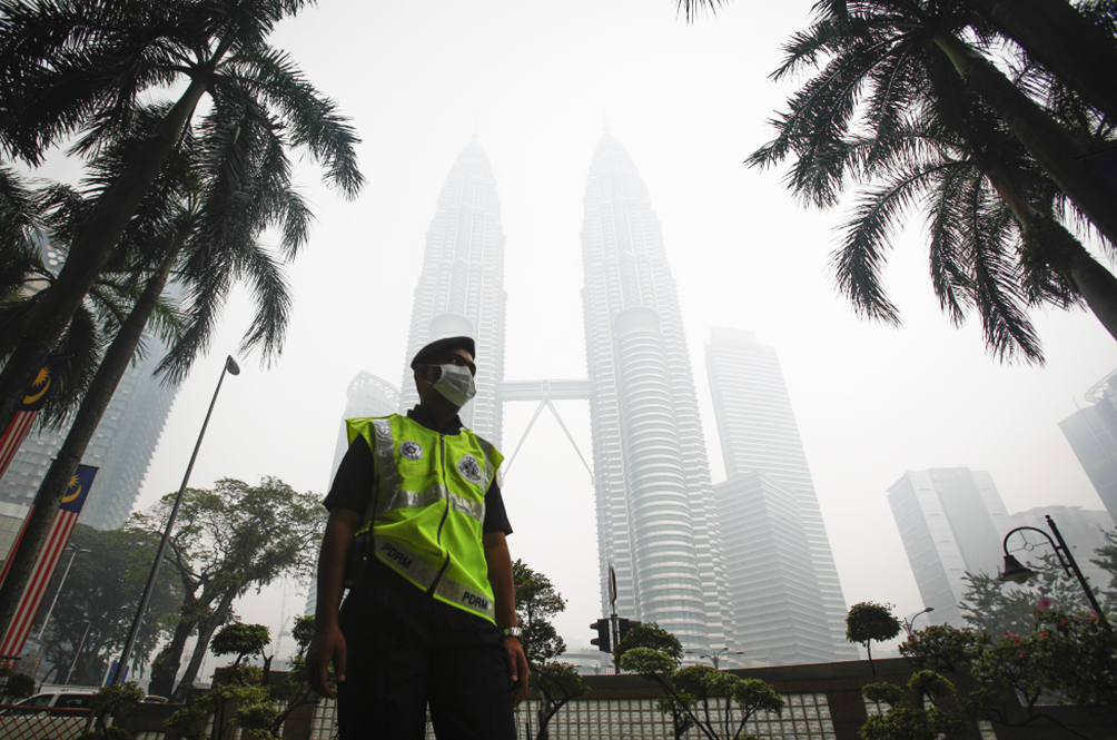 Prepare Your Lungs, Malaysians, For Haze Season Is Back!