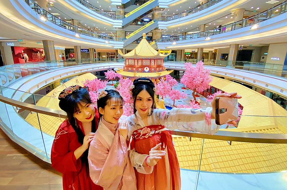For CNY, This Local Shopping Center Turned Their Mall Into Beijing's Summer Palace