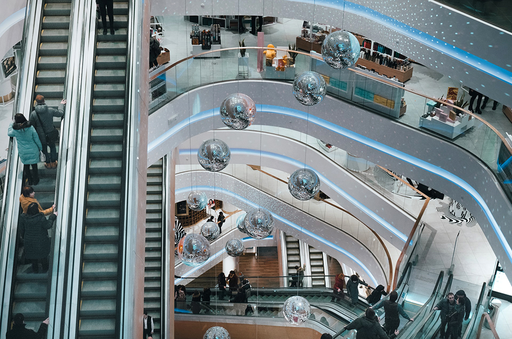 5 Things You Need To Stop Doing At A Shopping Mall To Stop The Spread Of COVID-19