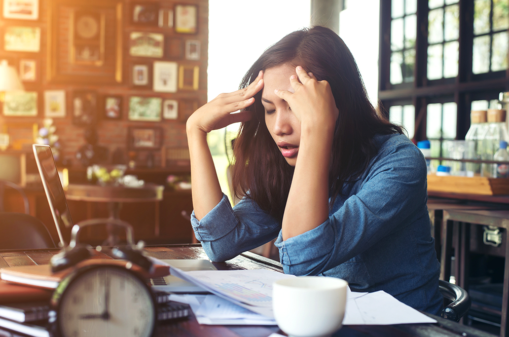 6 Ways To Beat Stress And Anxiety Attacks While You WFH