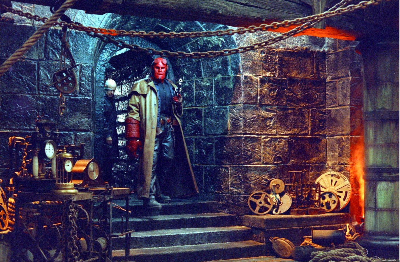 2004's 'Hellboy' has a straightforward plotline.