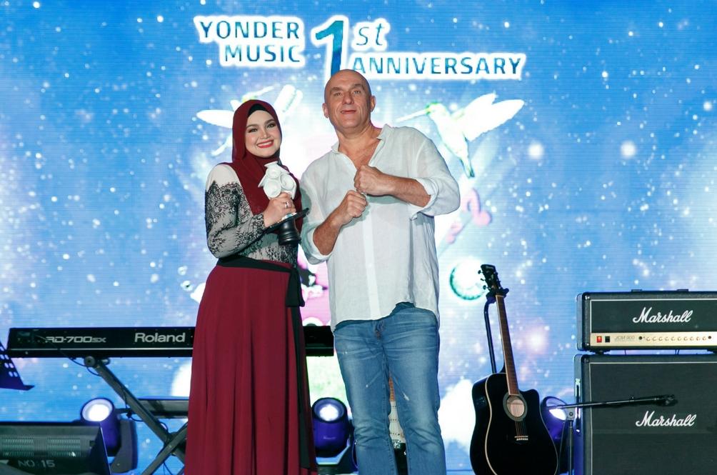 Konsert Dato' Siti Nurhaliza & Friends Di Astro Ria Hadiah Yonder Music Buat Pengguna