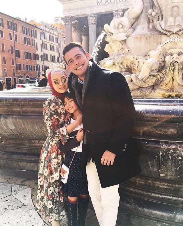 Menjalani penggambaran di Itali.