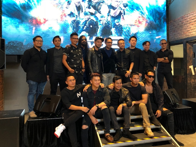 Barisan pelakon, tenaga kerja bersama Dato' Khairul Anwar Salleh.