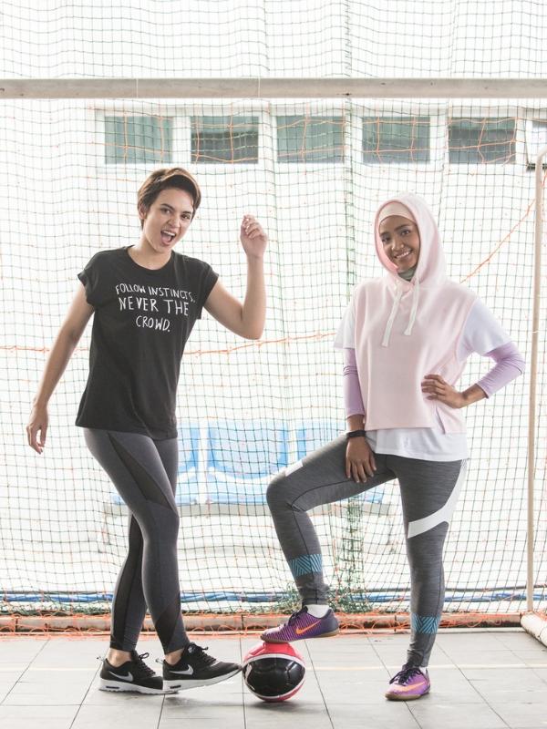 Dua pelakon utama, Diana Danielle dan Ummie Nazeera.