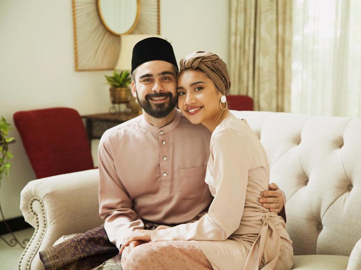 Pertama kali beraya sebagai suami isteri.
