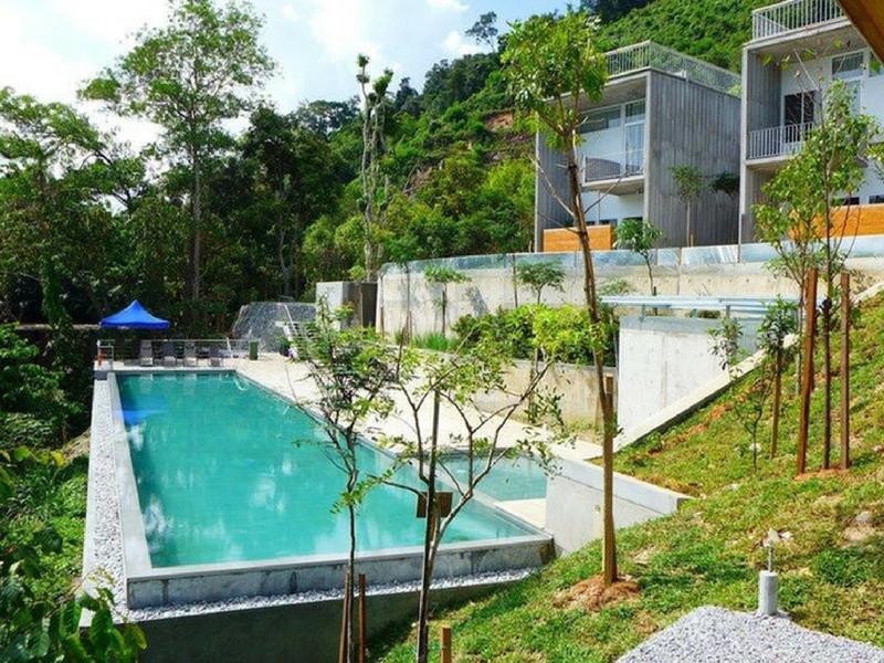 Belum Rainforest Resort mengadap Tasik Temenggor, Royal Belum.