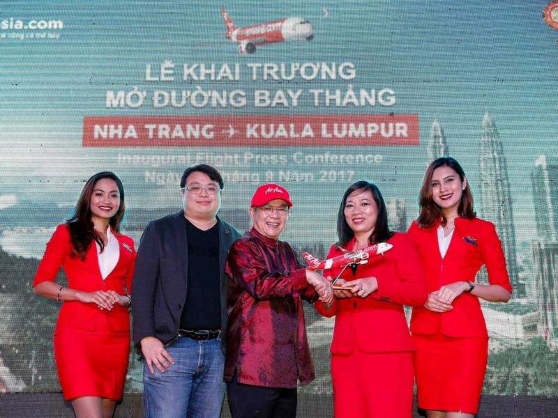 Penerbangan pertama AirAsia KUL - CXR