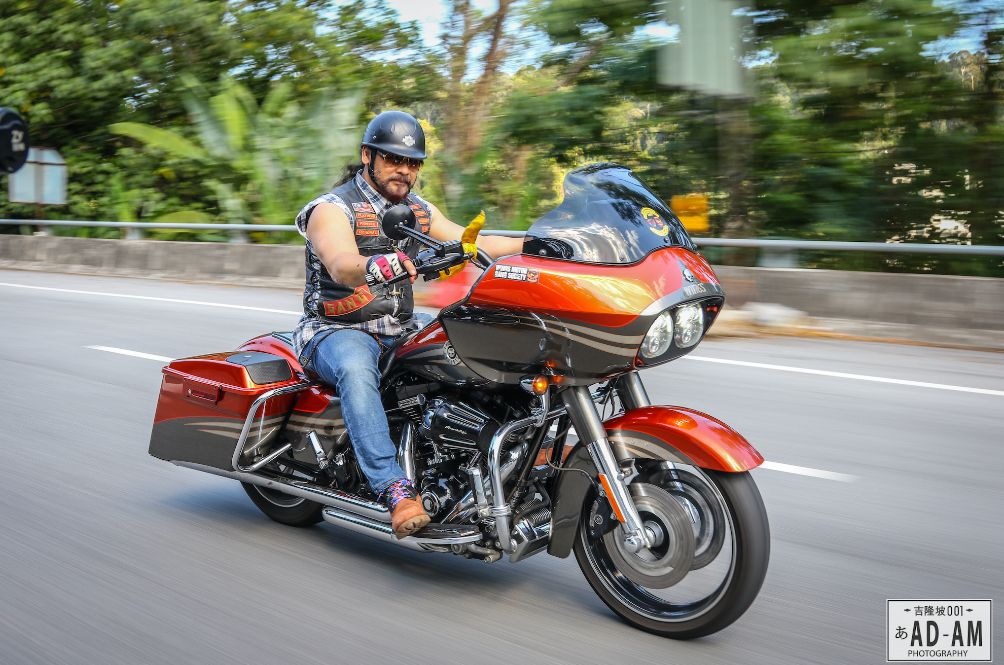 Dato Awie Takes Flight On His Harley Davidson In The Next Roda Panas Episode