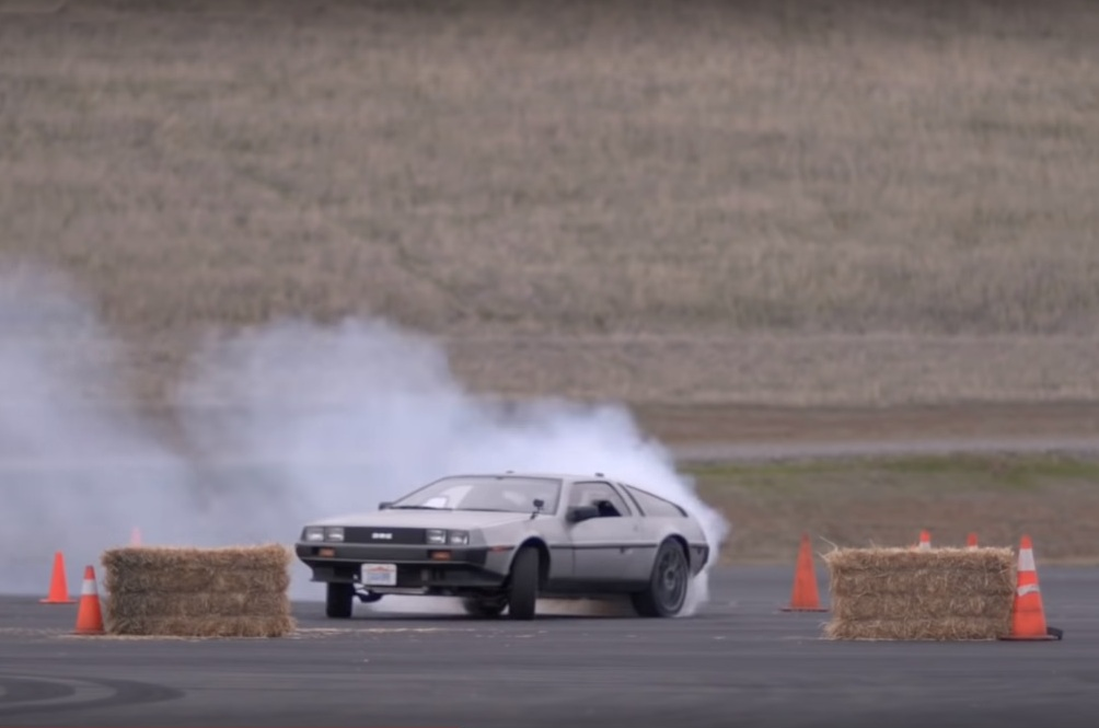 There's An Autonomous Electric Delorean That Can Drift Itself As Precisely As Formula Drift's Finest