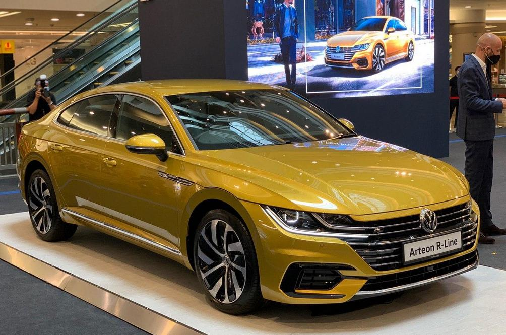 Better Late Than Never As Volkswagen Finally Brings In The Arteon Here