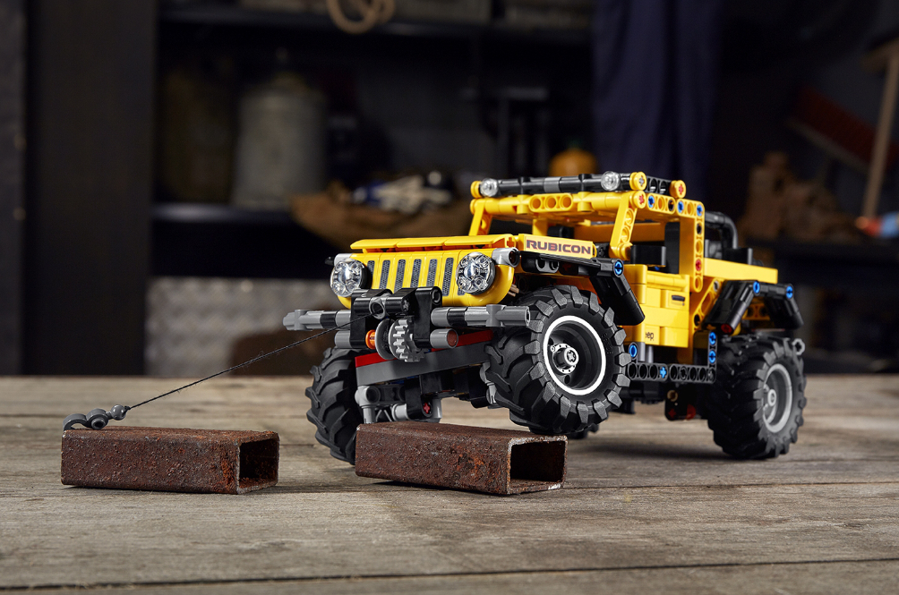 Lego Technic Jeep Wrangler Has A Working Suspension System To Conquer The Couch