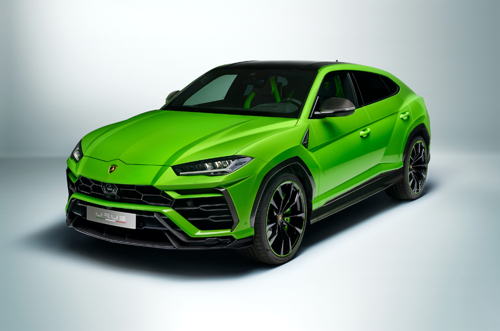 The Paintwork On This Lamborghini Urus Is Sublime