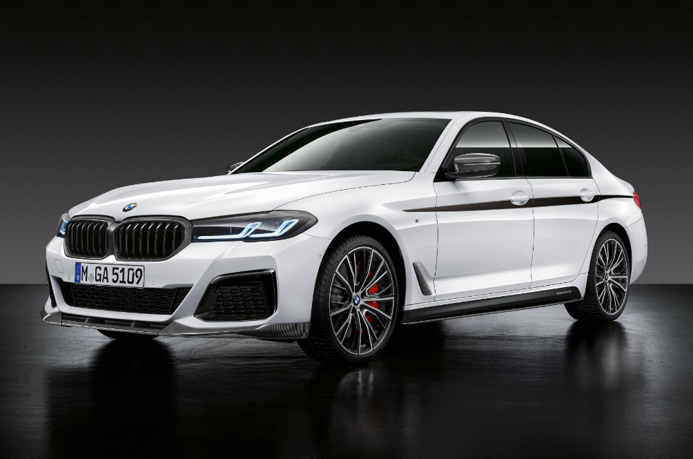 The Updated BMW 5 Series Has More Tech Than Ever