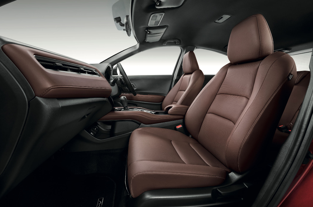 Honda HR-V RS Interior Gets Dipped In Dark Chocolate