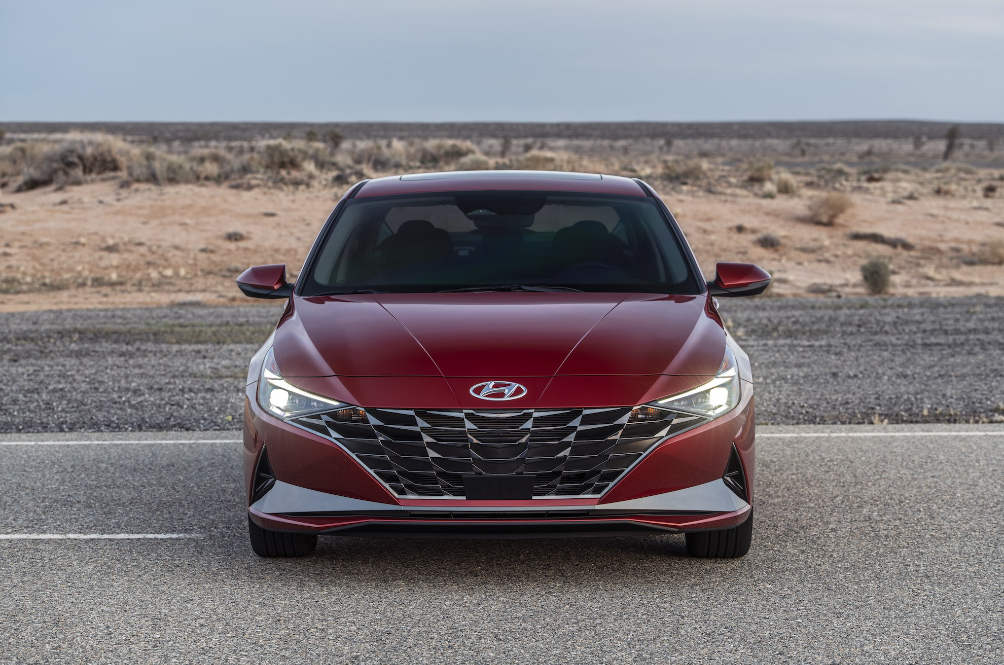 The 7th-generation Hyundai Elantra wants your strong emotional response