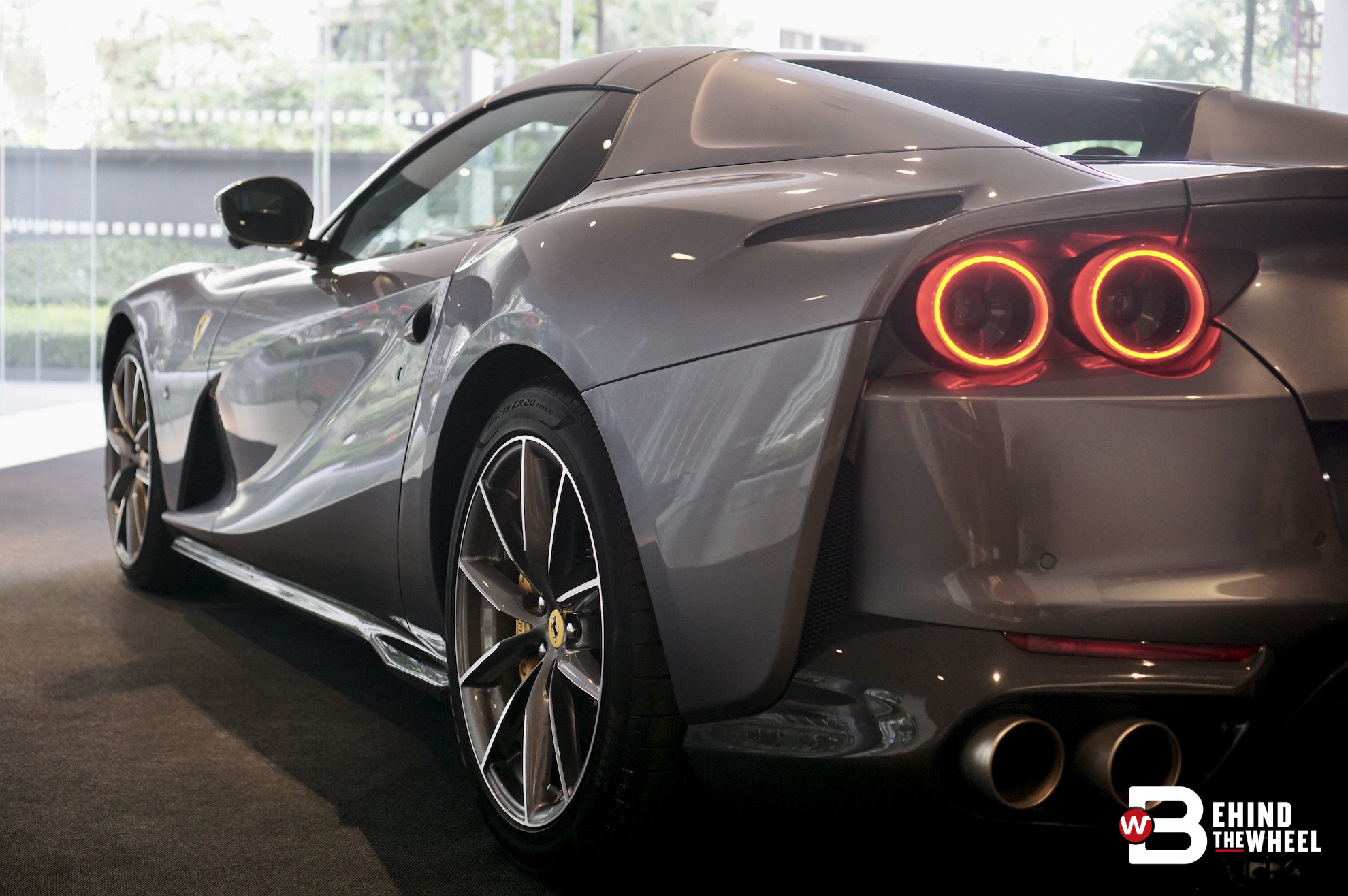 The Ferrari 812 Gts With A V12 Engine Is A Superfast Convertible Btw Rojak Daily
