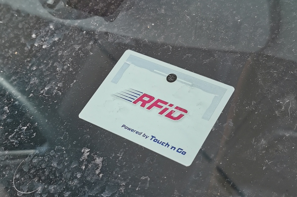 Turns Out You Can Fit The RFID Tag Yourself At Home