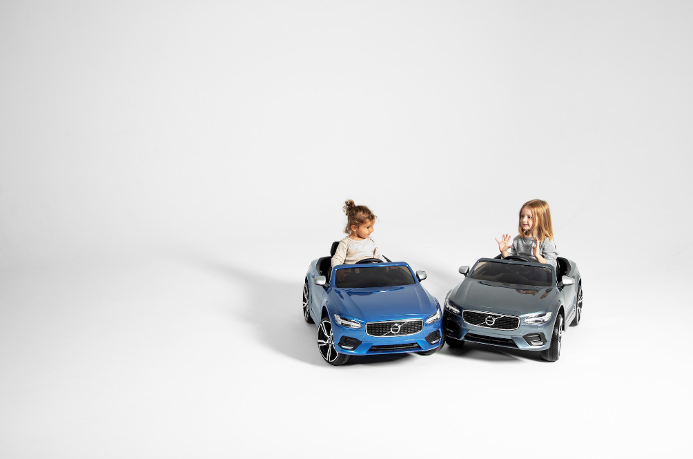 Applause! Good Guys Volvo Cars Gives All Employees A 24-Week Paid Parental Leave