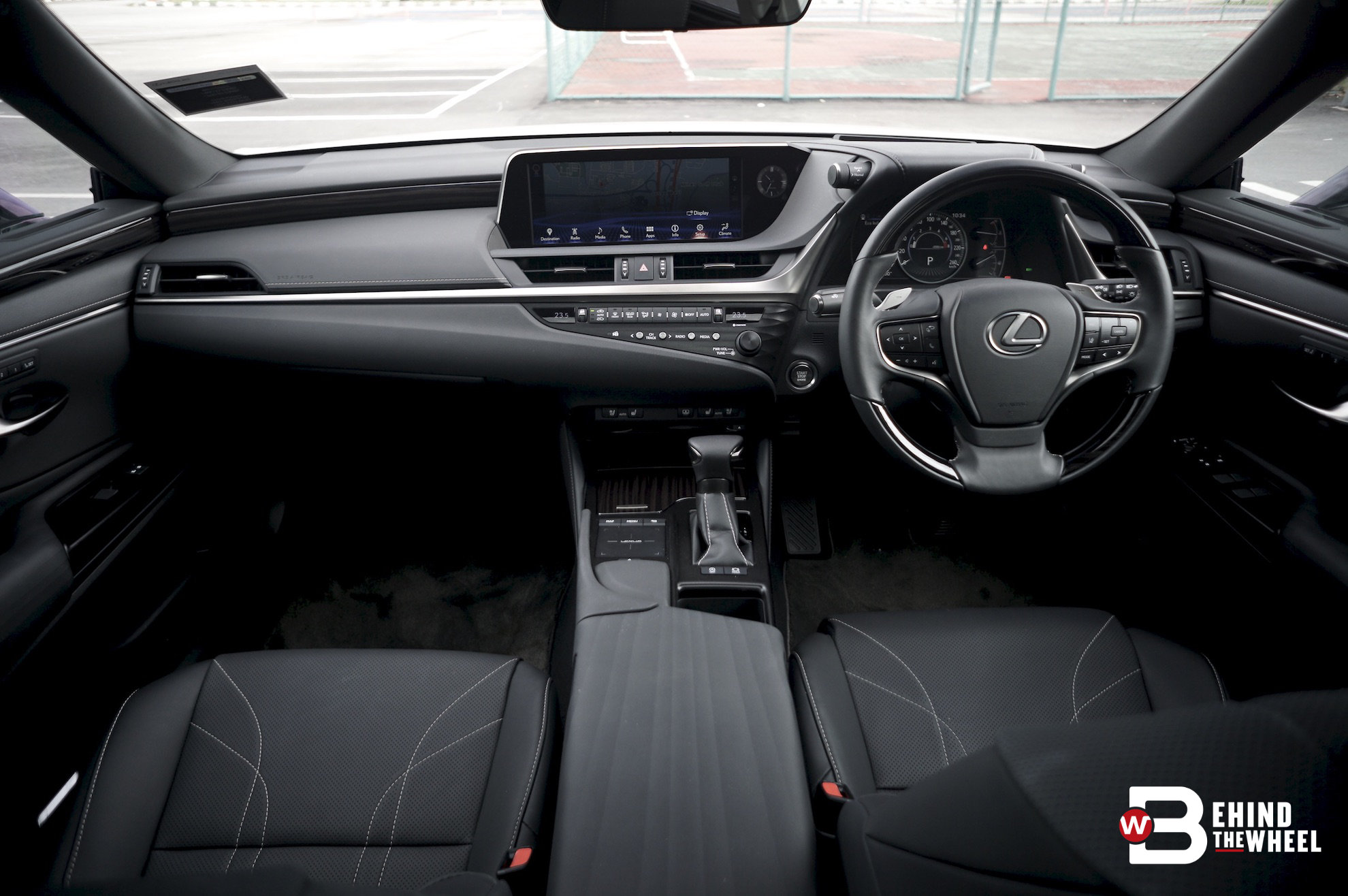 Review The Lexus Es 250 Is The Car To Drive After A Hard Day At Work Btw Rojak Daily