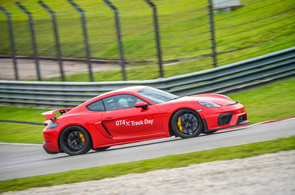 [REVIEW] The Porsche 718 Cayman GT4 Is An Epic Sports Car That Only Purists Will Understand