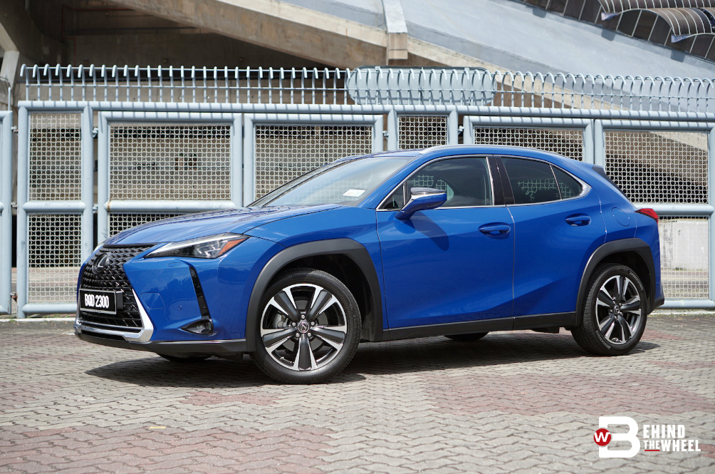 [REVIEW] The Lexus UX 200 Has Substance Beneath The Style
