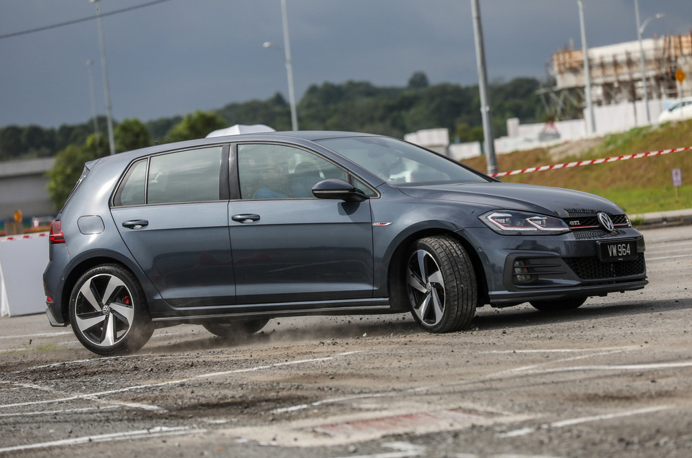 Volkswagen Golf GTI Mk7.5 Review: Still The Hole-in-one